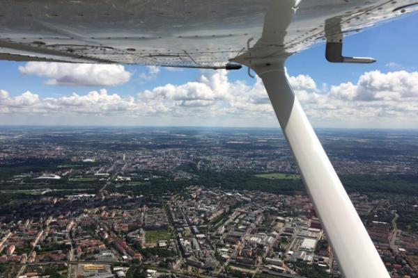 Rundflug über Leipzig und das Neuseenland