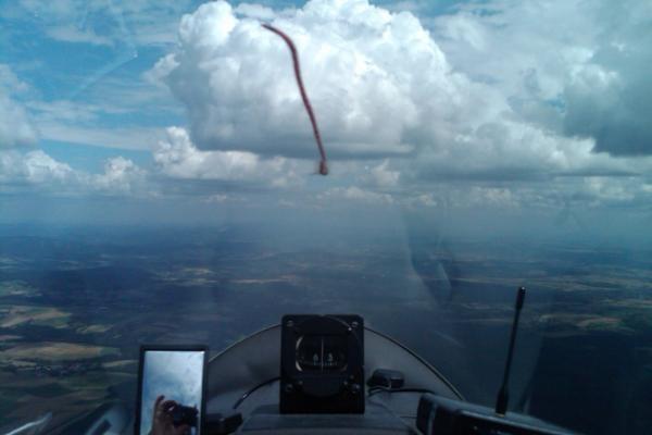 Fliegen wie die Adler mit dem Segelflugzeug
