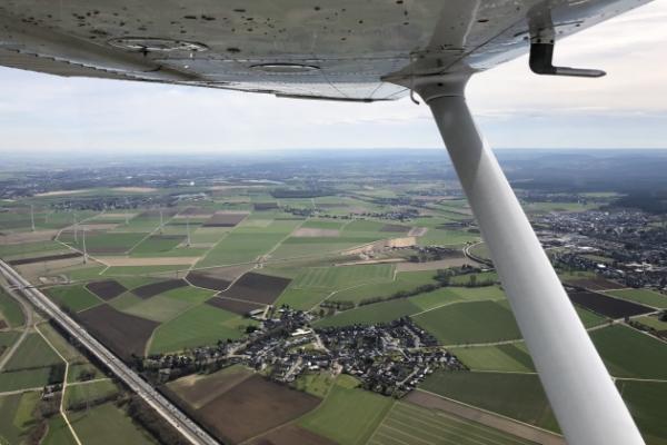 Dom Rundflug über Köln und Aachen mit Ausblick ins Phantasialand